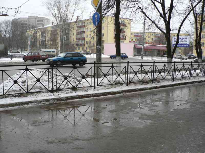 k35.ru: Ажурные кованые уличные ограждения дорожные передвижные барьеры железные для улиц городов парковок.Фото дорожные ограждения железные уличные барьеры для домов тротуаров, алей, парков,скверов,садов